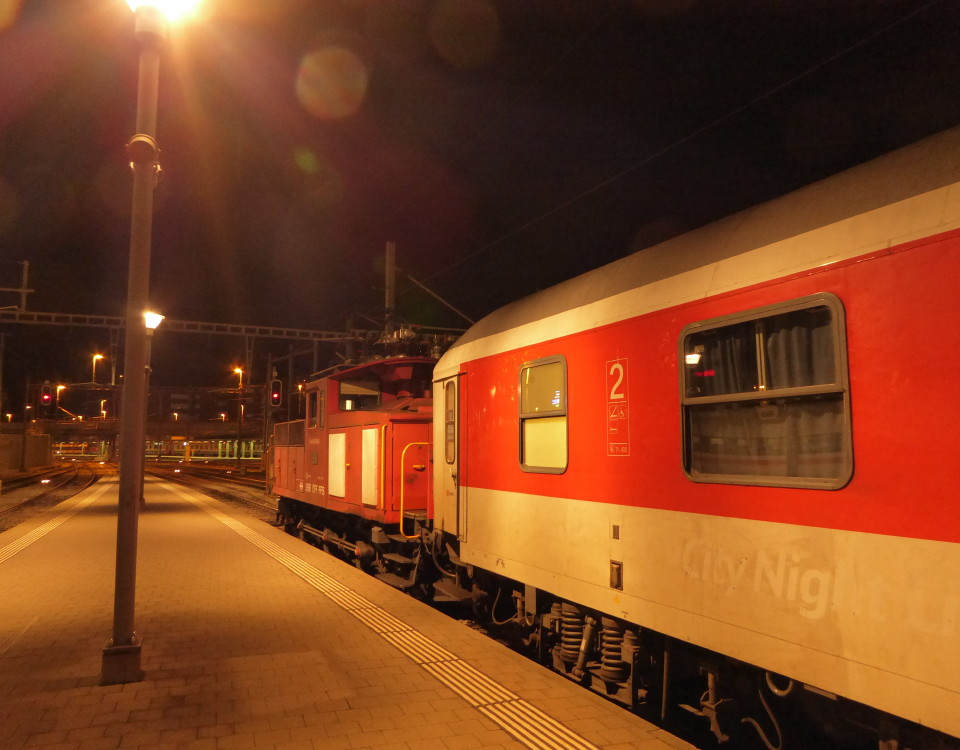 City Night Line being shunted at Basel SBB