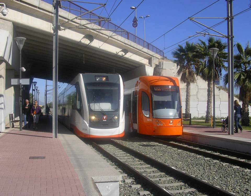 vossloh and bombardier trams in Alicante