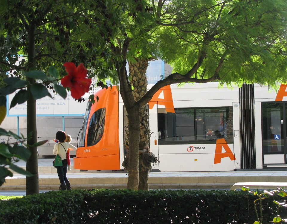 Alicante tram San Vicente