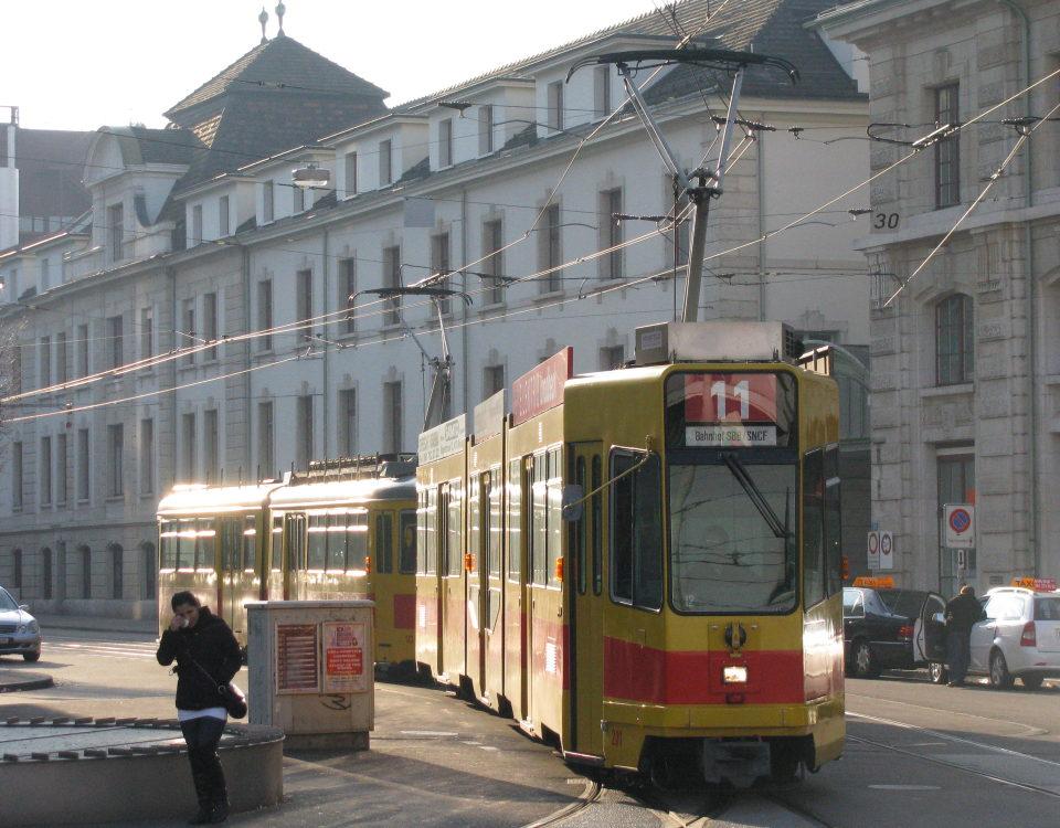 BLT tram Basel SBB