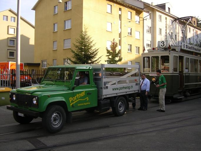 Landrover shunting in Bern tram museum