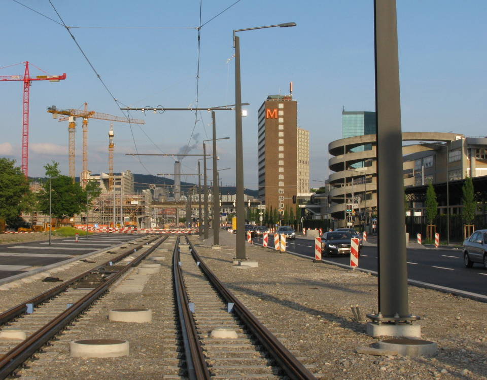 tram track on Pfingstweidstrasse