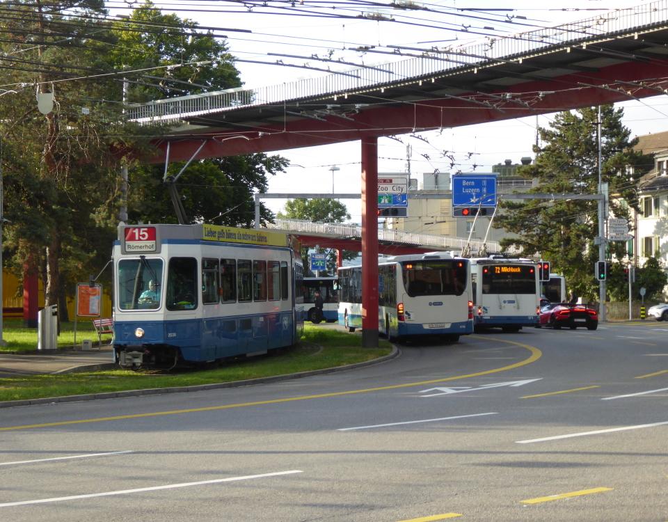 tram and trolleybus bucheggplatz